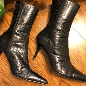 Friendz Brand Black Heeled Boots, Size 9